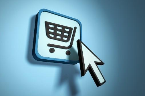 Ποιά Black Friday...  Έρχεται η Cyber Monday με μεγάλες εκπτώσεις σε  ηλεκτρονικά καταστήματα! - TheCaller.Gr 2460514c3a7