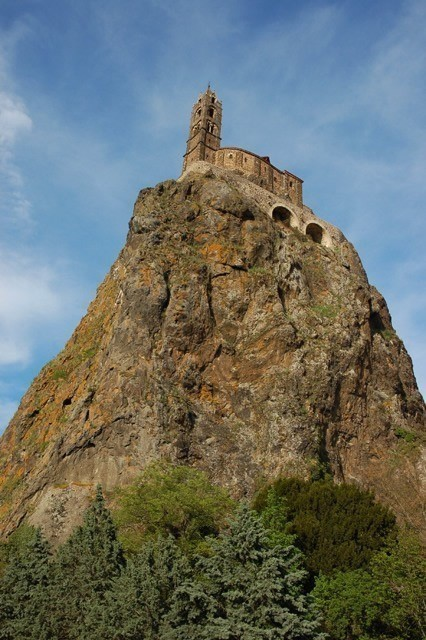 volcano_church_7