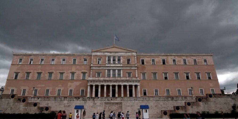 Άγρια κόντρα ΝΔ-ΣΥΡΙΖΑ στο Twiter για τα μάτια του Τουσκ και τα κλειστά σύνορα
