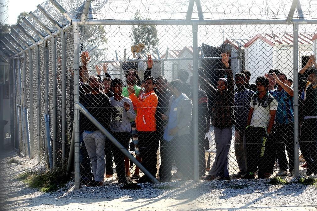 Μουζάλας: Δύο στρατόπεδα για πρόσφυγες θα κατασκευάσουμε σε Αθήνα και Θεσσαλονίκη