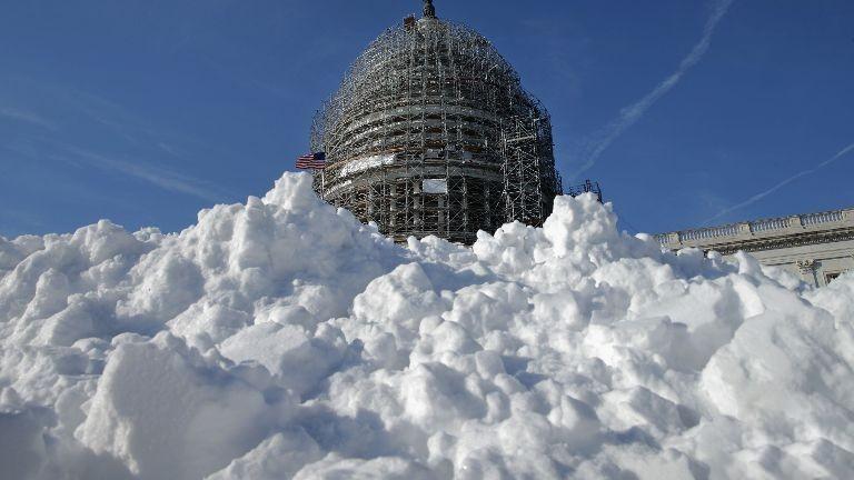 Λευκή πρωτεύουσα: Η Ουάσινγκτον στα λευκά από τον χιονιά Snowzilla