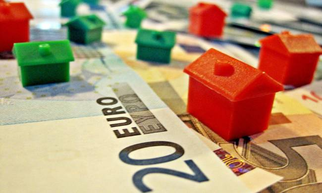 Ρυθμίσεις «κόκκινων» δανείων - Τρεις εναλλακτικές για τους δανειολήπτες