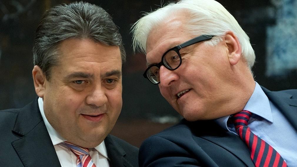 Γκάμπριελ και Σταϊνμάιερ προειδοποιούν την ΕΕ: Ψευδολύση η έξοδος της Ελλάδας από την ΕΕ