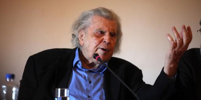 Παρέμβαση Μίκη Θεοδωράκη: Ο Τσίπρας έχει χάσει την επαφή με την πραγματικότητα