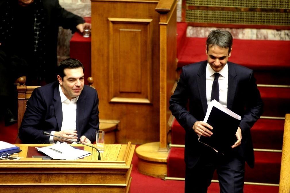 Πέρασε με 154 «ναι» η τροπολογία για τις άδειες των καναλιών – Τσίπρας: Και πολλές είναι 4 άδειες