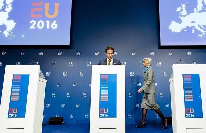 Ψυχρολουσία στο Μαξίμου από το Eurogroup – Πώς φτάσαμε στο τέταρτο Μνημόνιο