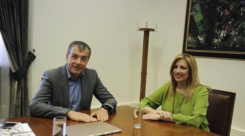 Τι συμφώνησαν Γεννηματά-Θεοδωράκης – Οι στόχοι του Ποταμιού και οι διαφωνίες του ΠΑΣΟΚ