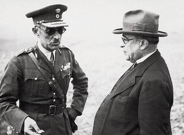 Ο Ιωάννης Μεταξάς με τον Αλέξανδρο Παπάγο