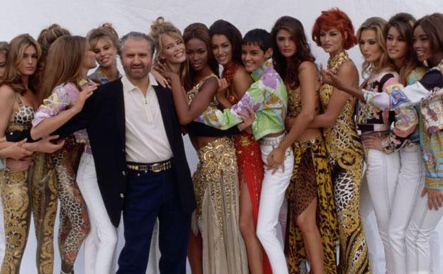 3070e397ab Ο Βερσάτσε ήταν ένας από τους πετυχημένους σχεδιαστές μόδας στον κόσμο. Ο  θάνατός του σόκαρε τον καλλιτεχνικό κόσμο. Ο άνθρωπος που τον βρήκε νεκρό  ήταν ο ...