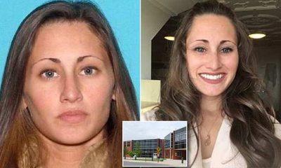 Ασυγκράτητη καθηγήτρια «βομβάρδιζε» μαθητή με «καυτά» μηνύματα και φωτογραφίες της και εκείνος την «κάρφωσε» στην Αστυνομία!