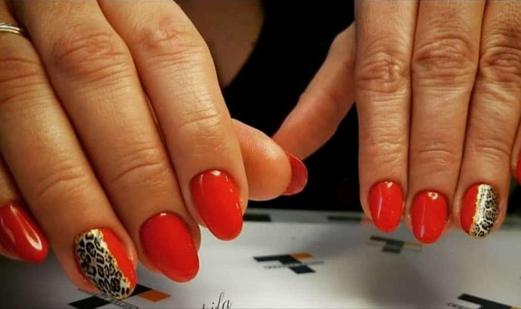Η Τέτα Καμπουρέλη μας προτείνει... λεοπάρ νύχια για φέτος τον χειμώνα!