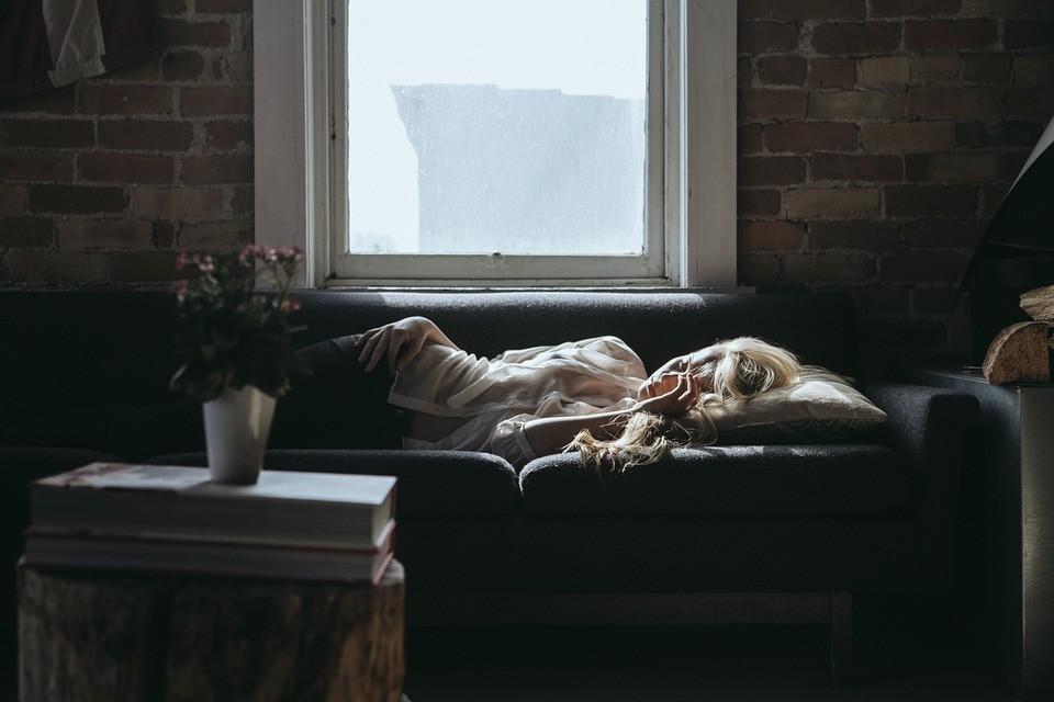 Ποια είναι (τελικά) η ιδανική ώρα για να κοιμάσαι;
