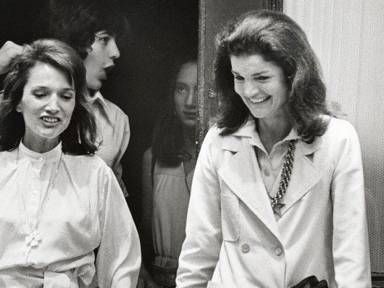 Πέθανε η αδελφή της Τζάκι Κένεντι | Newspepper